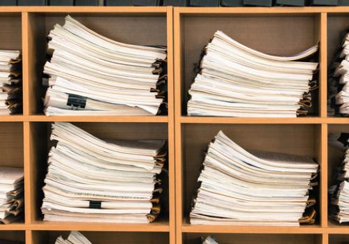 Déléguer la gestion des dossiers administratifs